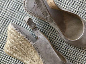 Stylish, comfortable shoes for women over 40: espadrille wedges