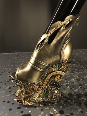 Gold fantasy footwear Guo Pei Legend collection