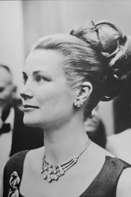 Grace Kelly wearing a Cartier necklace